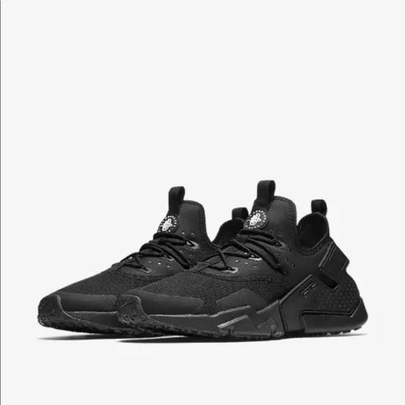3104c82a7d124 Nike Air Huarache Drift Black on Black AH7334 003